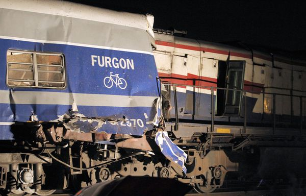 sem11fe-Z19-trains-buenos-aires.jpg