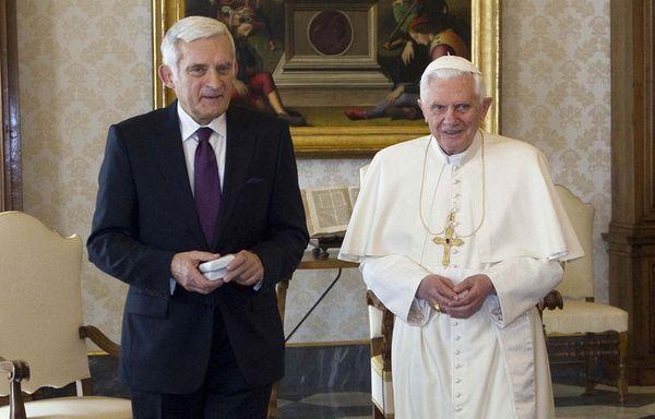 sem11fh-Z24-Benoit-XVI-president-polonais-du-Parlement-euro.jpg