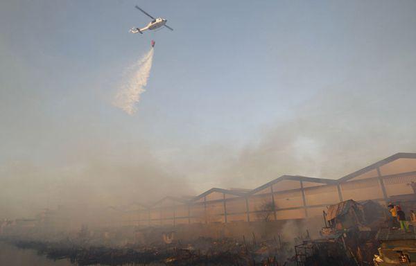 sem11ab-Z32-incendie-manille-philippines.jpg