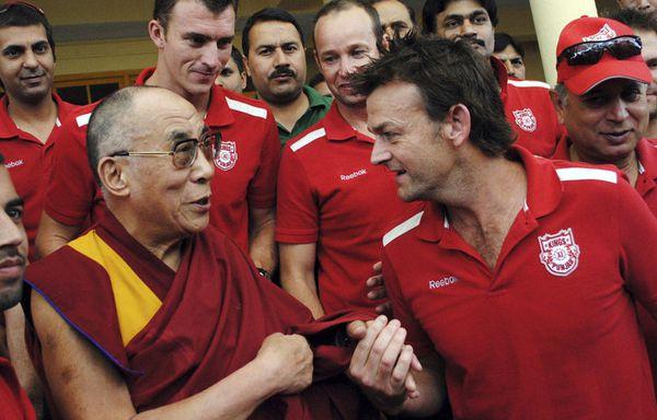 sem11mif-Z13-Nouvelle-recrue-dalai-lama.jpg