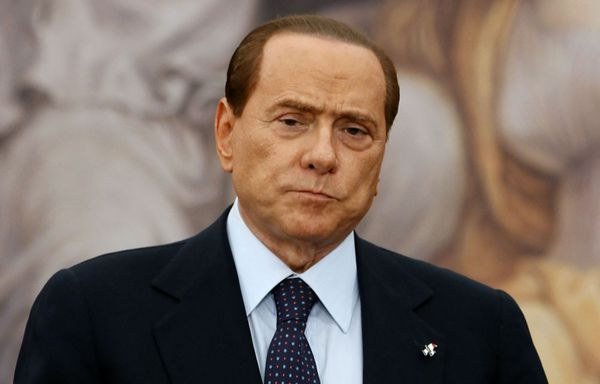 sem11jud-Z29-Silvio-Berlusconi-revers-elction-refe-copie-1.jpg