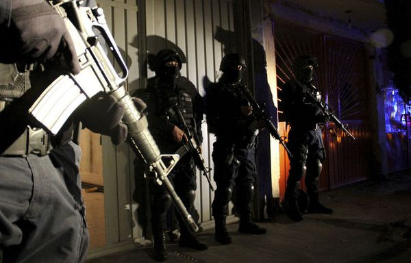sem11jue-Z13-Policiers-mexicains-kidnaping.jpg