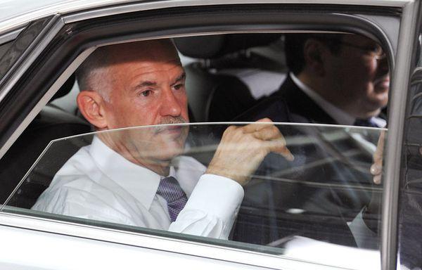 sem11jlf-Z17-George-Papandreou-Bruxelles-crise-euro.jpg