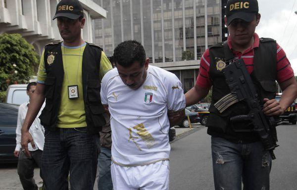 sem11jli-Z21-Match-interrompu-Guatemala.jpg