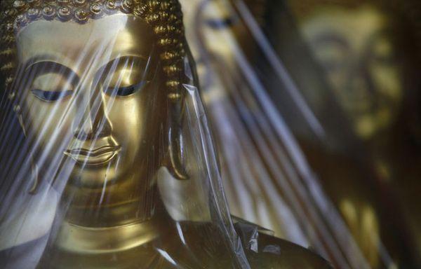 sem11octh-Z31-statues-Bouddha-Bangkok-innondations.jpg