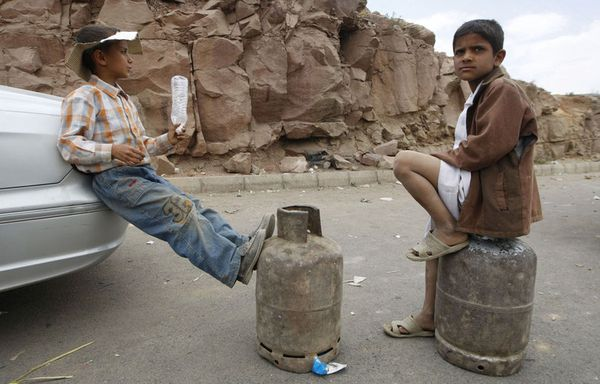 sem11mi-Z10-enfants-yemen-copie-1.jpg