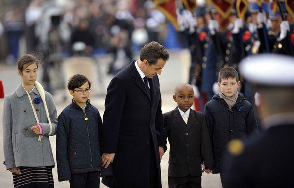 Nicolas-Sarkozy-Enfants-de-soldats-tues-au-combat.jpg