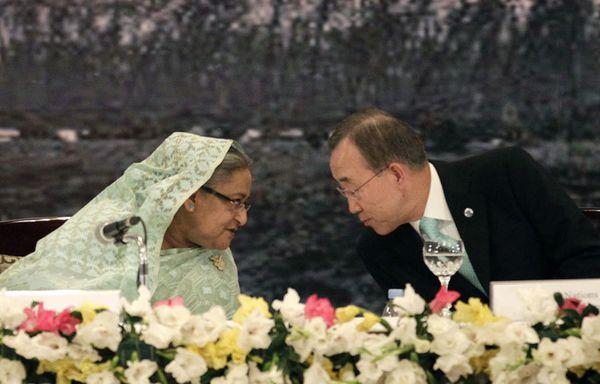 sem11novd-Z22-Ban-Ki-moon-Premier-ministre-du-Bangladesh-Sh.jpg