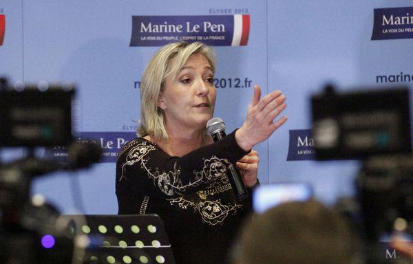 sem12fevf-Z6-Marine-Le-Pen-convention-Lille.jpg