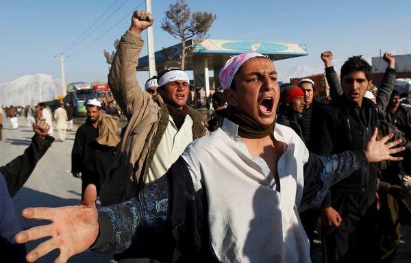sem12fevh-Z2-Manifestation-en-Afghanistan.jpg