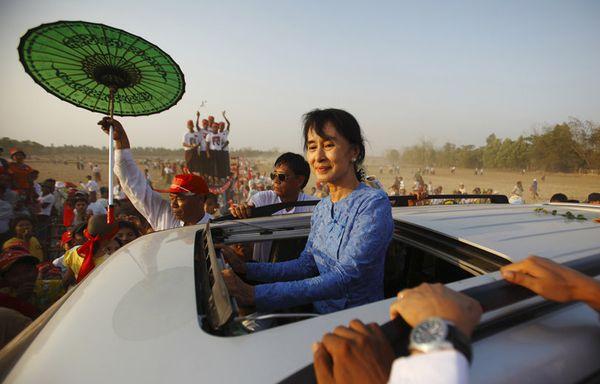 sem12marg-Z6-Aung-San-Suu-Kyi-Birmanie.jpg