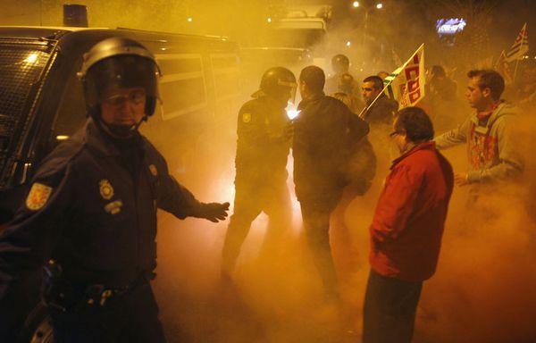 sem12marh-Z11-24-heures-de-greve-Malaga-Espagne.jpg
