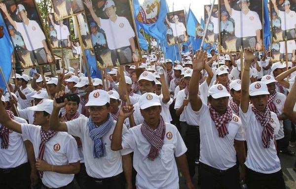 sem12maii-Z21-Cambodge-Parti-du-peuple-cambodgien.jpg