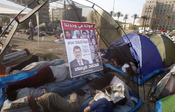 sem12juif-Z17-place-Tahrir-Le-Caire-Egypte.jpg