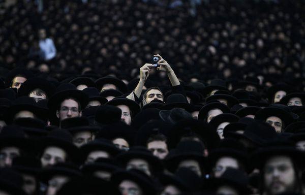 sem12juig-Z26-Des-ultra-orthodoxes-juifs-manifestent-a-Jeru.jpg