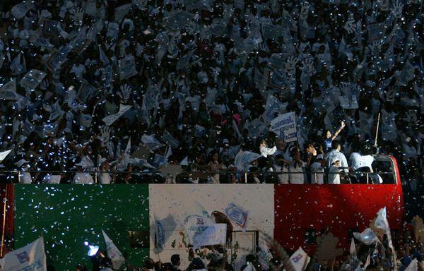 sem12juih-Z12-Show-a-la-mexicaine-campagne-presidentielle.jpg