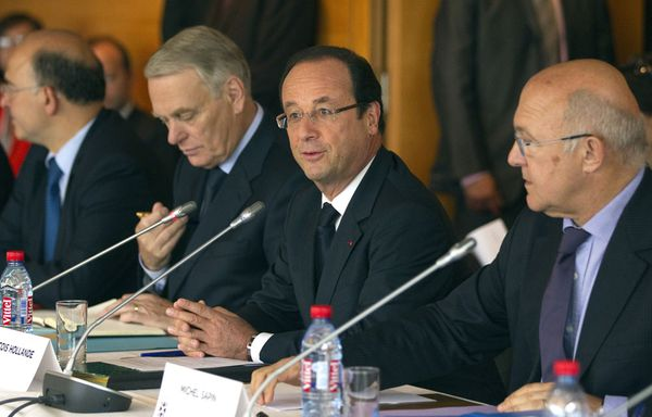 hollande-moscovici-Ayrault-Sapin-conference-sociale.jpg