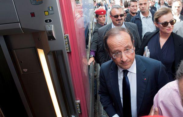 Francois-Hollande-vacances-en-train.jpg