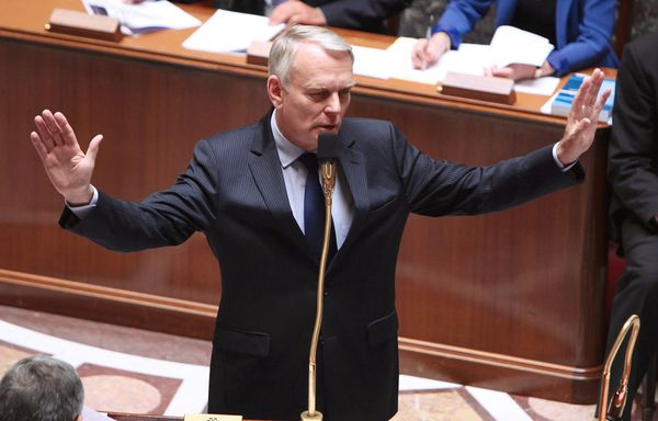 Jean-Marc-Ayrault-Assemblee-nationale-taxe-ecologique.jpg