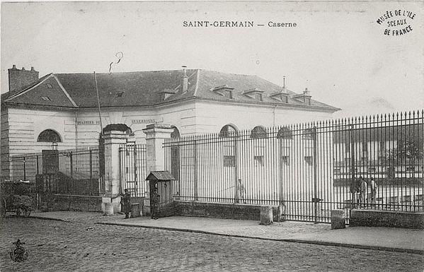 Caserne du Luxembourg à Saint-Germain-en-Laye