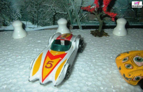 second wind white hot wheels made in france (2)