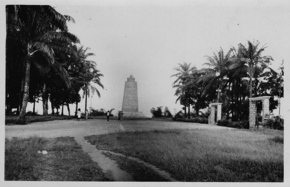phare-monument-brazza-1944