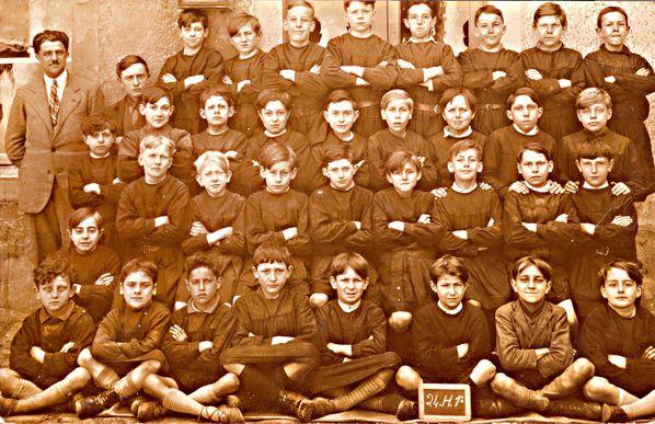 ecole-papa-mh-1932--1-.jpg