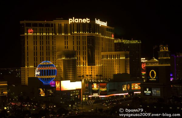 Las Vegas By Night - 3