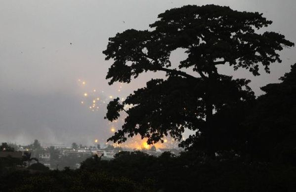 http://img.over-blog.com/600x389/1/97/88/35/Dossier-www.ndjamena-matin.com/Cote-divoire_explosions_durant_l_-_attaque_menee_par_l_-_O.jpg