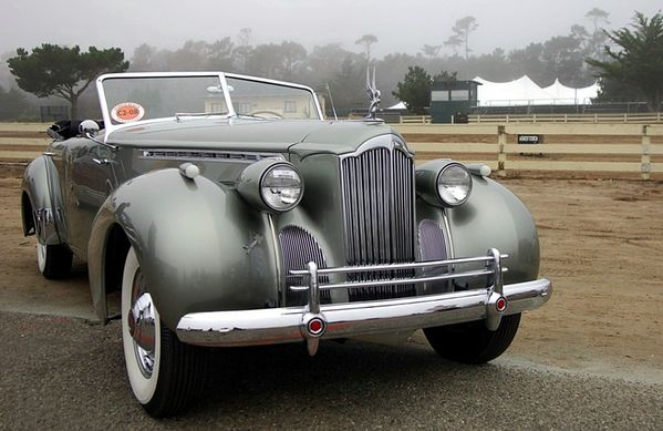 pakard_180_super_eight_darrin_convertible_sedan_1940_109.jpg