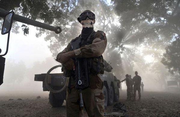 article_MilitairemasqueMali.jpg