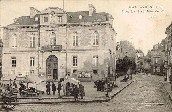 Hotel de Ville petit marché