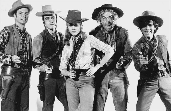 x-jane-fonda-cat-ballou-group.jpg