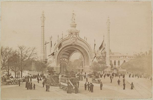 Rene-Binet---Porte-Monumentale-Exposition--Universelle.jpg