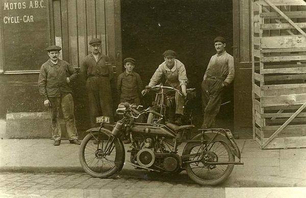 ABC 1913391