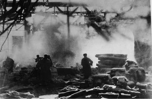 30.(1942-1943-bataille de Stalingrad, combat dans une usine