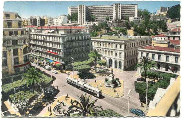 Alger-isly_place.jpg