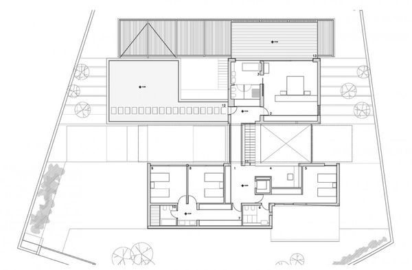 1300815565-first-floor-plan-1000x655