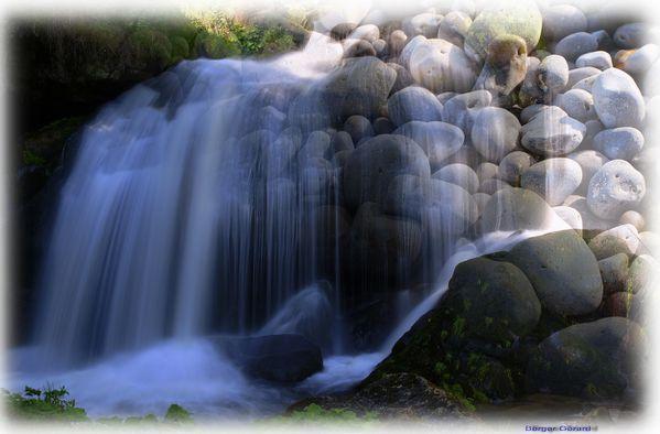 cascade et galets a