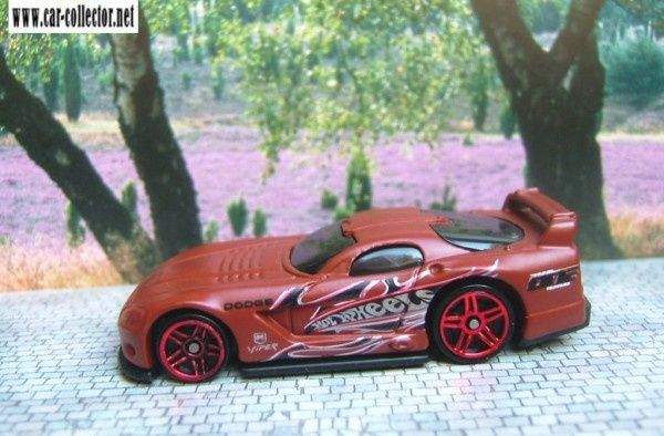 dodge-viper-gtsr hot wheels racing pack 5 2004