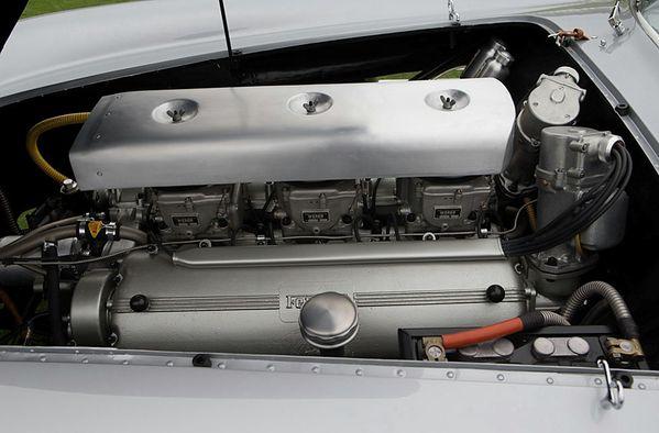 ferrari_375_mm_scaglietti_coupe_speciale_1954_117.jpg