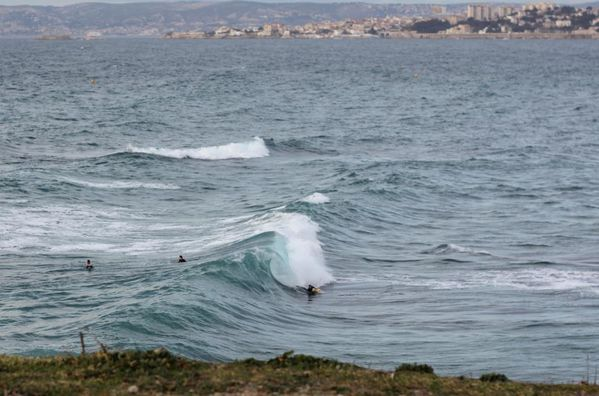 Surfer à marseille