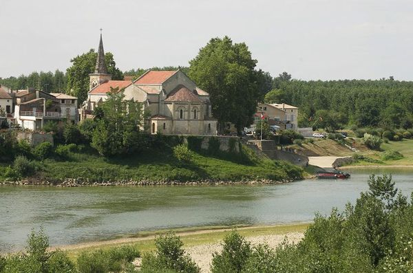 Couthures sur Garonne et son église