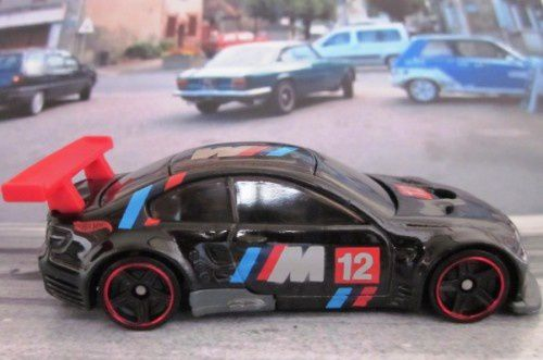 bmw-m3-gt2-2012.005-www.car-collector.net (2)
