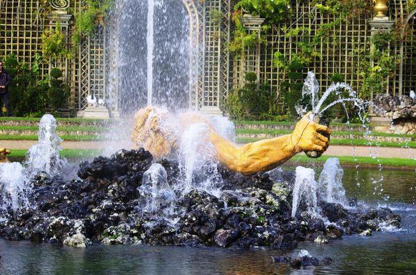 Le-parc-de-Versailles----les-Grandes-Eaux-Musicales-montage.jpg