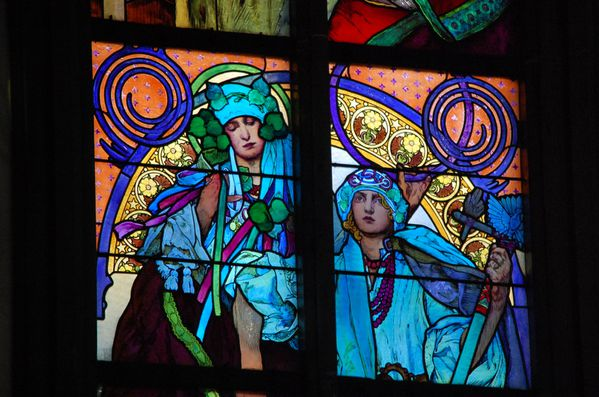 Mucha vitraux cathedrale pargue (9)