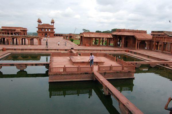 Fatehpur Sikri Diwan i-Khass (3)
