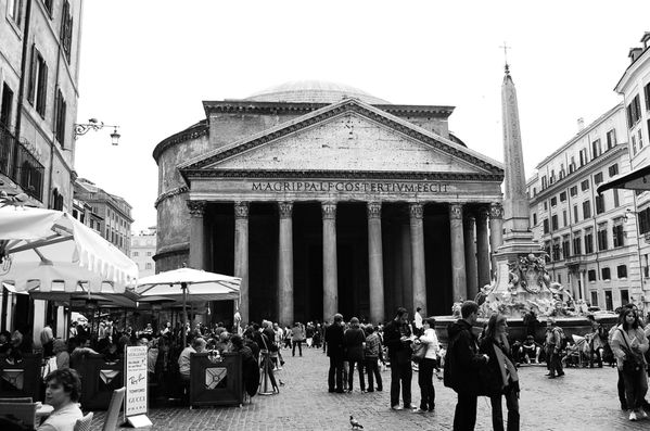 Antiquite--Rome-Pantheon.jpg
