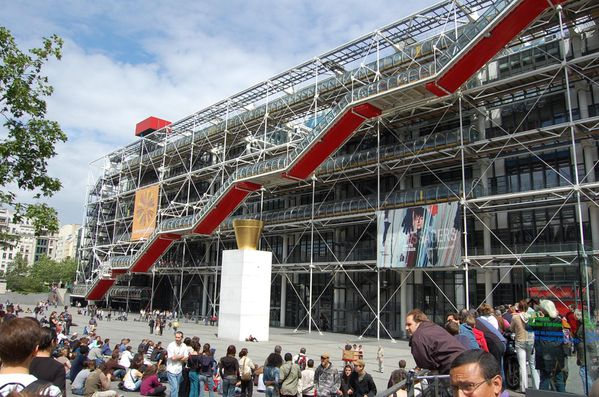 France-Paris-Centre-pompidou-rogers-Piano--4-.jpg