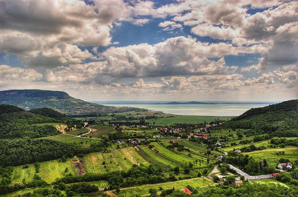 Balaton_Hungary_Landscape---txd-flickr.jpg